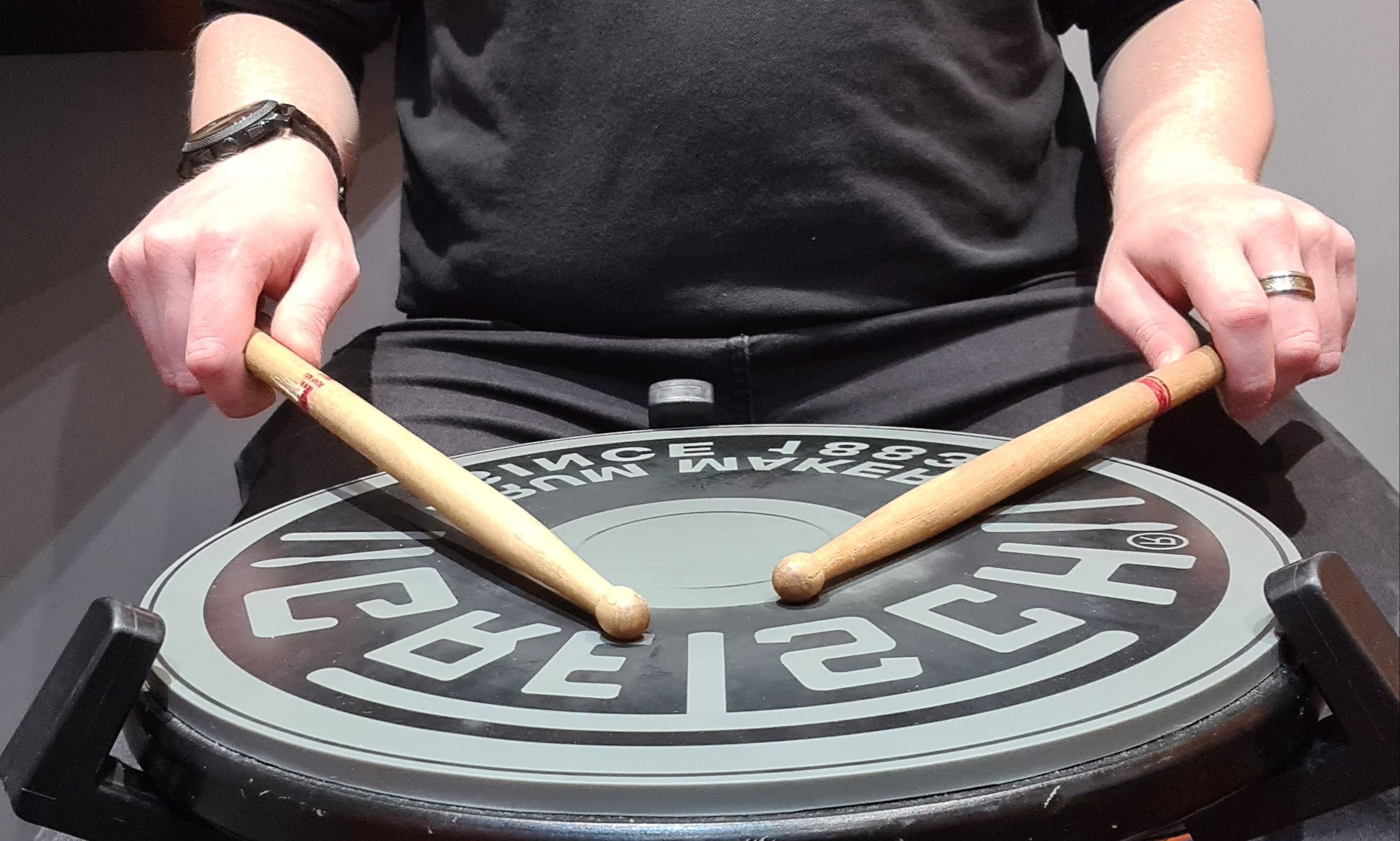 Matched Grip or Traditional Grip How-to: Hold your drumsticks correctly